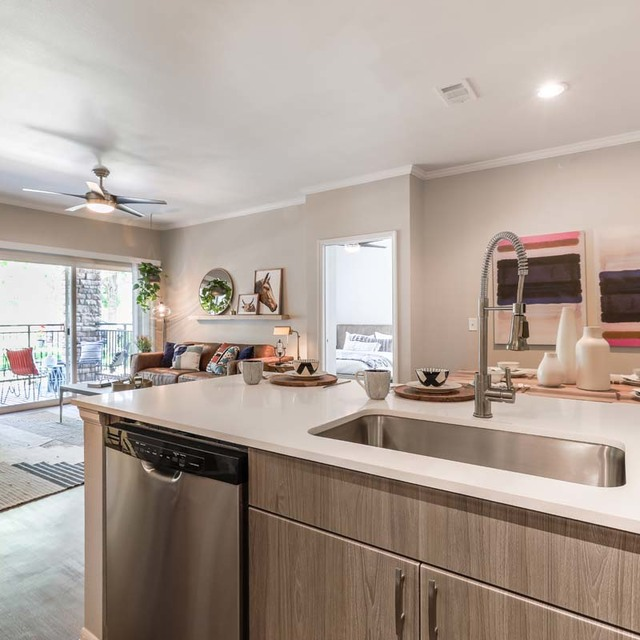 Amenities Apartments In Highlands Ranch Co Features